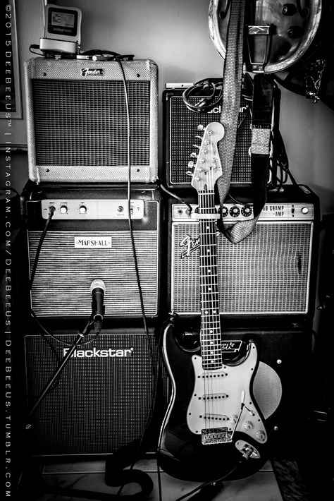 Vintage Guitars, We pride ourselves in supplying artists along with authentic musical instruments. They tend to have a vintagelook utilizing a overall performance of the very most modern versions. Easy Guitar, Guitar Tips, Guitar Art, Cool Guitar, Guitar Lessons, Guitar Tattoo, Guitar Drawing, Music Guitar, Fender Stratocaster