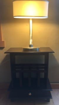 Used End Table With Or Without Stylish Lamp For Sale In Scandia