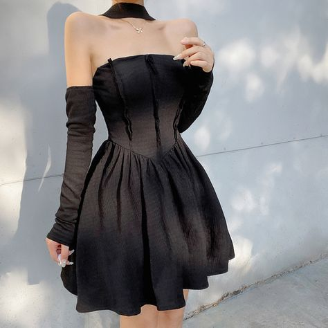 15.75US $ 40% OFF|Rapcopter Black Pleated Dress Patchwork Bandage Halter Dress y2k With Gloves Korean Style Mini Dress Women Party Dress 2021 New|Dresses|   - AliExpress