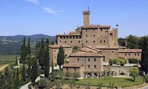104 best Dormire in un castello images on Pinterest   Mansions ...