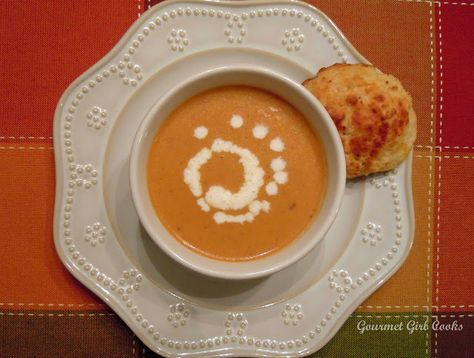 Gourmet Girl Cooks: Spicy Pumpkin Sausage Soup -- Low Carb & Wheat-free