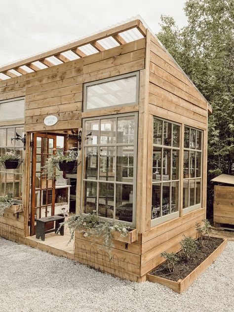 Backyard Greenhouse, Greenhouse Plans, Backyard Landscaping, Window Greenhouse, Best Greenhouse, Backyard Layout, Backyard Patio, Outdoor Projects, Garden Projects