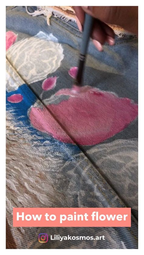 Hand painted Pink flowers peonies jacket by @liliyakosmos.art. Customized embellished denim