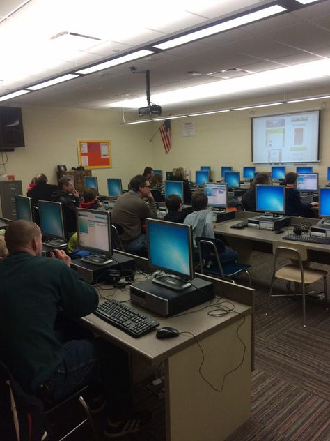 """""""@Lincoln_MCCSD Students and parents learning how to code tonight at Lincoln Science Night! #iowatl #HourOfCode"""""""