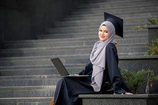 صور عبايات تخرج 2019 اجمل ارواب حفل التخرج Student Celebrities Graduation