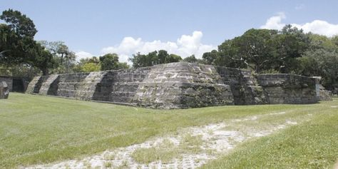 Visit the mysterious ruins of New Smyrna Beach, Florida #travel #roadtrips #roadtrippers