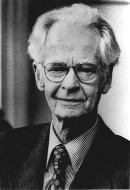 B F Skinner Was Influential To Psychology Because Of His Emphasis