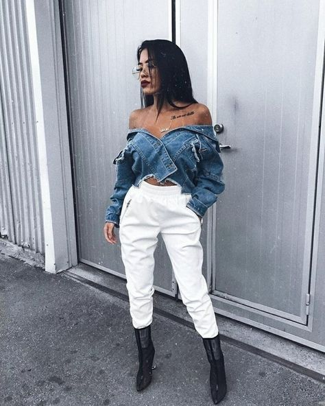 Shared by Sofía Gómez. Find images and videos about fashion, style and hair on We Heart It - the app to get lost in what you love.
