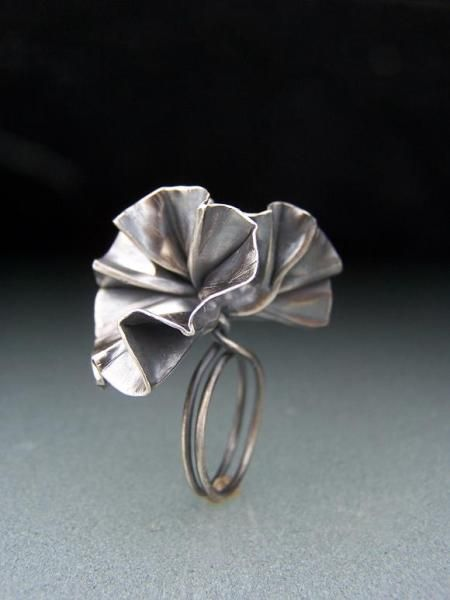 Cynthia Del Giudice – flower ring – fold formed, constructed sterling silver, patina