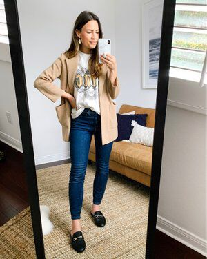 Shop Your Screenshots™ with LIKEtoKNOW.it, a shopping discovery app that allows you to instantly shop your favorite influencer pics across social media and the mobile web. Modest Casual Outfits, Mom Outfits, Fall Outfits, Cute Outfits, Fashion Outfits, Fashion Tips, Fashion Trends, Teaching Outfits, Nautical Fashion