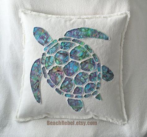 Tortue de mer applique coussins/couverture en aqua par BeachRebel