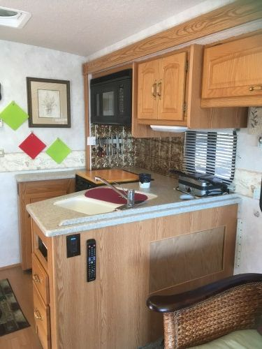 Rv Owners Who Replaced Their Dining Booth Dining Booth Motorhome Interior Remodeled Campers