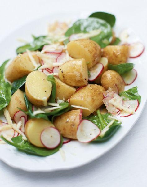 Kartoffelsalat: Radieschen, Senf und frischer Meerrettich sorgen für eine wunderbar frische Schärfe.
