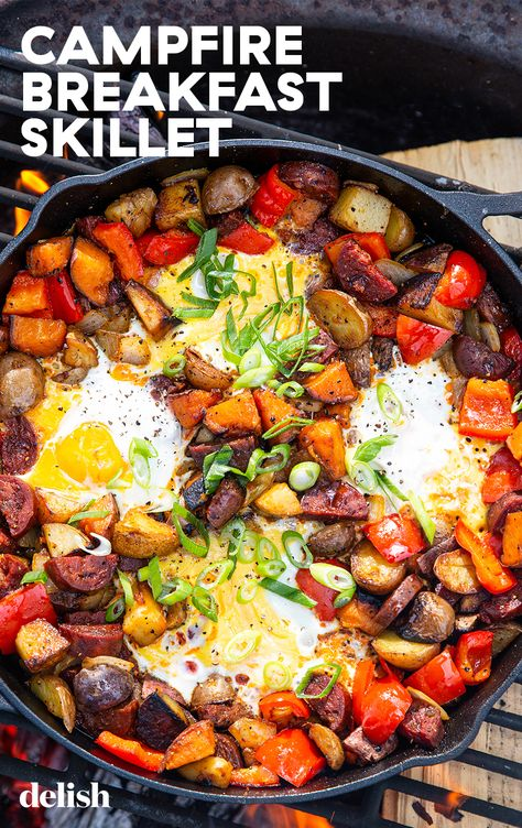 If you love syrup-drenched bacon, you'll flip for this Maple Chorizo Breakfast Skillet.