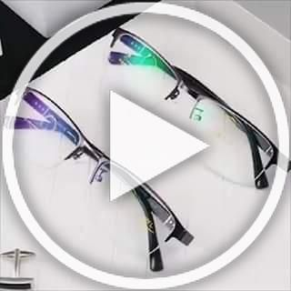 🔥🔥This Memory Titanium Reading Glasses is amazing 😍Help you see anything clearly Instantly