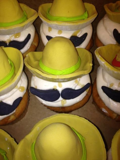 Magician Red Bank Nj Basie Bytes Cupcakes At Cupcake