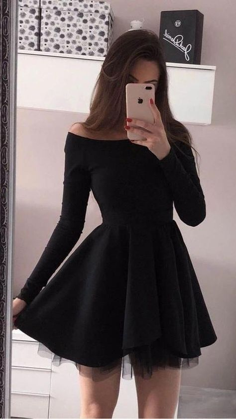 Short Homecoming Dresses With Sleeves Z2165