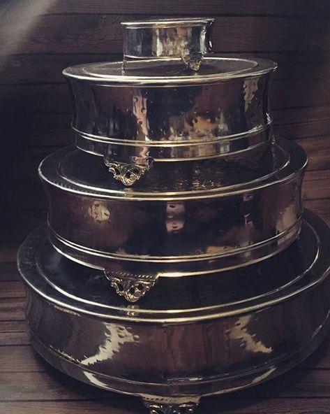 Need a cake stand? Which size?? #njwedding #njweddingrentals #njweddingdecor #rusticrentals #weddingideas #weddingdecor