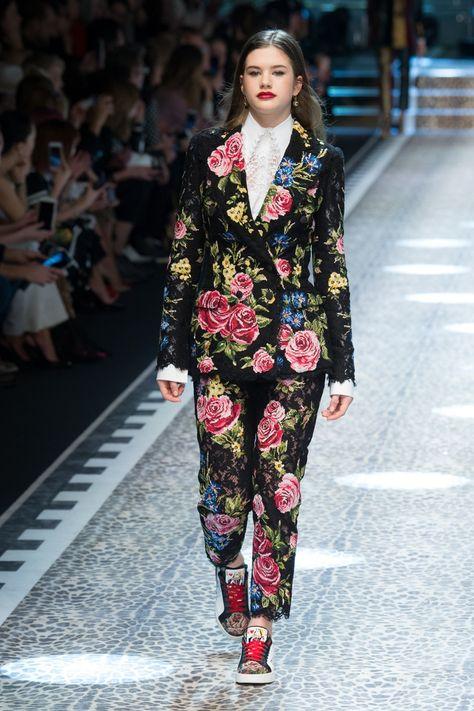 Dolce & Gabbana | Ready-to-Wear - Autumn 2017 | Look 65
