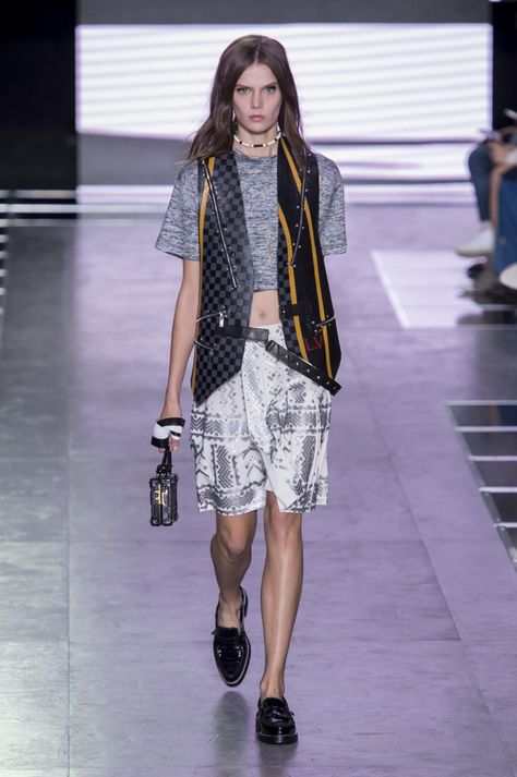A look from Louis Vuitton's spring 2016 collection. Photo: Imaxtree.