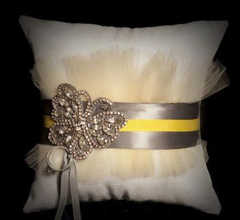 17 Best images about Ring Pillow Ideas on Pinterest | Swarovski crystals Satin and Ring bearer pillows & 17 Best images about Ring Pillow Ideas on Pinterest | Swarovski ... pillowsntoast.com