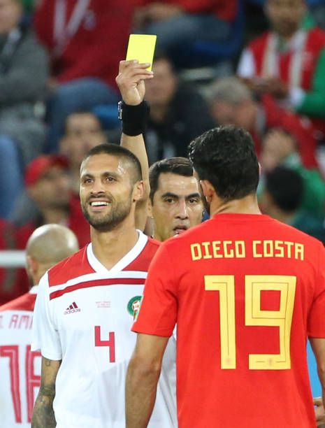 Kaliningrad June 25 2018 The Referee Gives A Yellow Card To Manuel Da Costa Of Morocco During The 2018 Fifa World Cup Group Soccer Referee Referee Kaliningrad