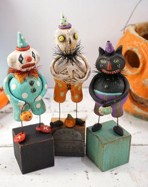 Halloween Folk Art // Clown // Pumpkin // by CatandFiddlefolk