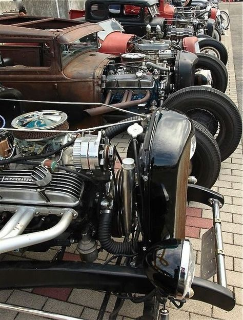 """Gives new meaning to the term """"Rat Pack."""" #ratrods"""