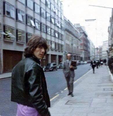 Pin En George Harrison