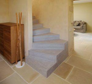 Modernisez Vos Escaliers Avec Un Revetement Enduit Beton Cire Beton Cire Escaliers Interieur Et Escalier Tournant