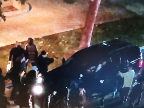 Protesters Surround Suv Try To Open Driver S Door News Break Protest Suv Surround