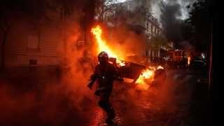 Macron Overvejer Undtagelsestilstand 133 Kvaestet Og 412 Anholdt Under Uroligheder I Paris Udland Dr Paris Frankrig Vipper