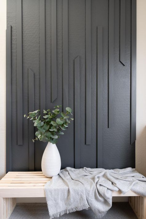 Modern DIY Slat Wall - Ready for a Weekend Project?! - Neatly Living Modern Wall Paneling, Panelling, Modern Entryway, Entryway Wall, Wood Slat Wall, Accent Wall Designs, Diy Home Decor, Room Decor, Wall Molding