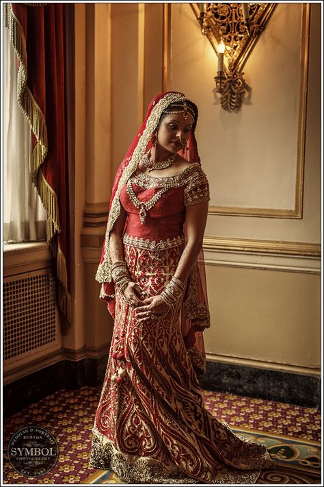 Indian bride, red #lehenga, indian wedding #shaadibazaar, #boston @SymbolPhoto Boston Boston contact us for details on this wedding.