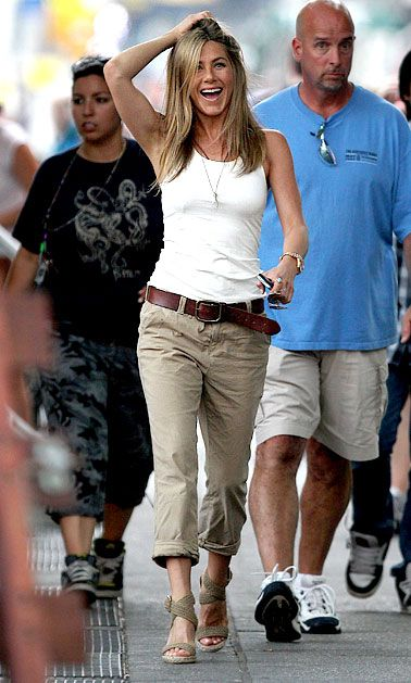 Candid Jennifer Aniston Love her and her style