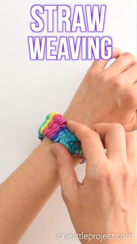 Straw Weaving - - Straw weaving is such a fun craft idea! Great for summer camps and awesome for kids and tweens. This method of weaving is easy to learn and lots of fun! Diy Crafts Hacks, Cute Crafts, Crafts To Do, Yarn Crafts, Kids Crafts, Fun Easy Crafts, Beaded Crafts, Easy Diy, Straw Weaving
