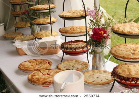 No Wedding Cake Pie Bar Instead Oh Yes We Decided This Ages Ago Or Rather I And When Shared The Idea He Liked It PIE