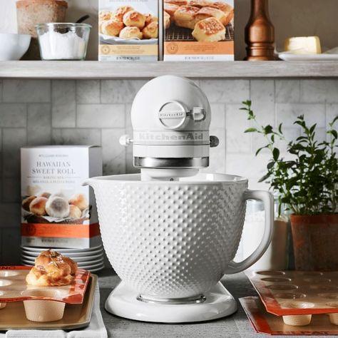 KitchenAid Artisan White Mixer with Hobnail Bowl – Pins Kitchen Supplies, Kitchen Items, Kitchen Utensils, New Kitchen, Kitchen Dining, Kitchen Decor, Kitchen Cabinets, Kitchen Gadgets, Awesome Kitchen