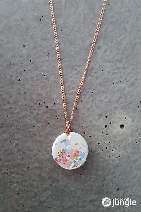 Gilded Necklaces – Concrete Necklace White SNOW WHITE Crystal – a unique product by Concrete-Jungle-Betonmanufaktur on DaWanda