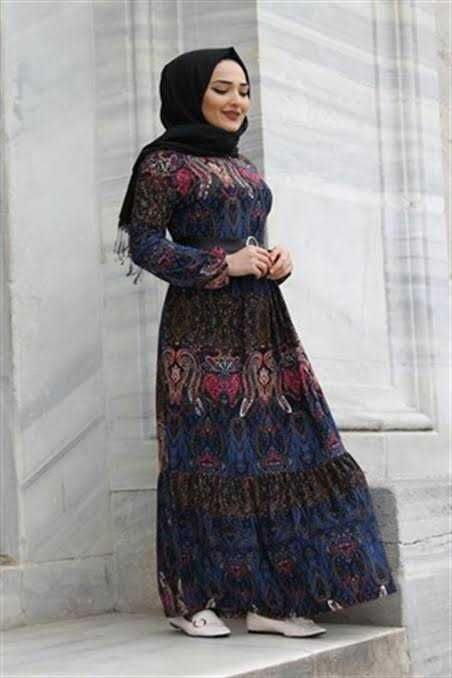 Gunluk Desenli Tesettur Elbise Modelleri Moda Tesettur Giyim Gunluk Teset Gunluk Tesettur Modasi Elbise Modelleri Giyim Elbise