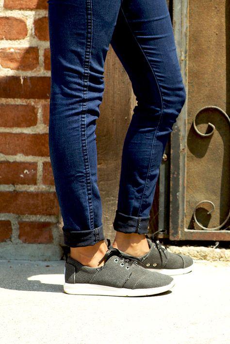 Del Rey Sneakers   Toms del rey