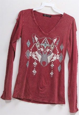 Great looking mineral washed Graphic tee with braided long sleeve and silver stud accents.