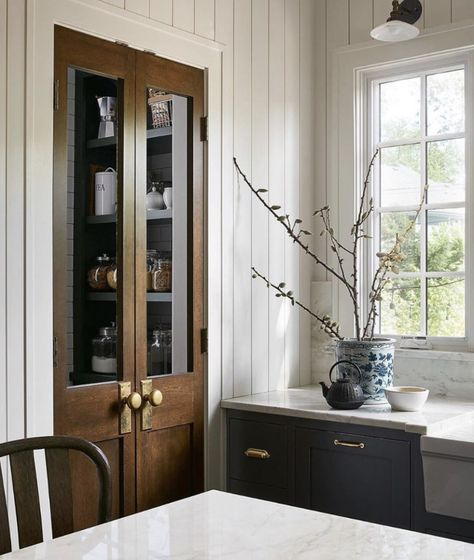 Small Home Interior .Small Home Interior Home Interior, Kitchen Interior, Kitchen Decor, Interior Design, Kitchen Wood, Style At Home, Home Staging, Home Design, Country Look