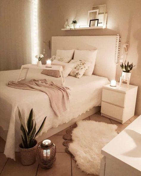 52 Cozy Teen Girl Bedroom Design Trends for 2019 | Justaddblog.com  #bedroom  #bedroomdecor  #girlsbedroom