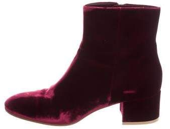 Gianvito Rossi Velvet Round-Toe Boots online Shop newest online cheap low shipping fee sast for sale buy cheap prices 7nVldf6