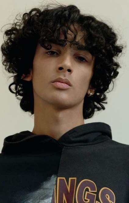 Top 15 Manner Frisuren Fur Lockiges Haar Lockiges Haar Manner Frisuren Fur Lockiges Haar Lockige Haare