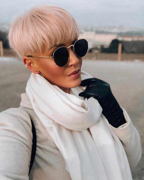 60 Best Pixie Haircuts for Women 2019 - Short Pixie Hairstyles For Women -  #Hair #haircuts #Hairstyles #Pixie #pixiehair #pixiehaircut #shorthair #shorthaircut #shorthairstyles - Short Hairstyles - Hairstyles 2019