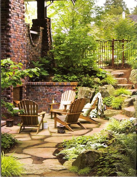 Love This Outdoor Sitting Area In A Vancouver Home Spotted At