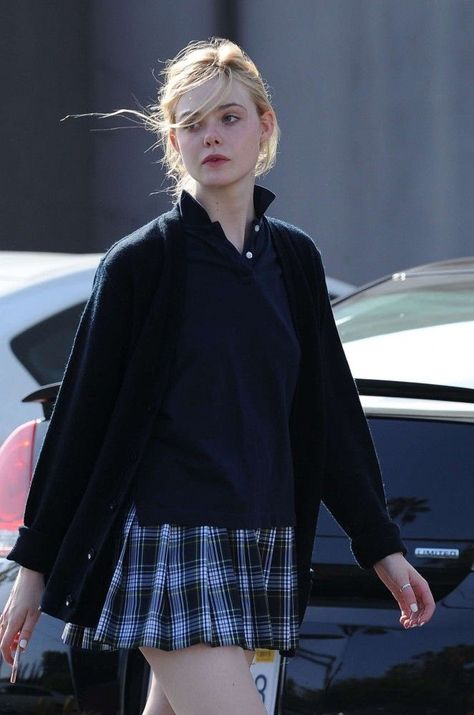 """""""Elle Fanning walking around in her school uniform is such an aesthetic"""" Girl Outfits, Cute Outfits, Fashion Outfits, Moda Art Deco, School Uniform Outfits, School Uniforms, Preppy Style, My Style, Elle Fanning"""