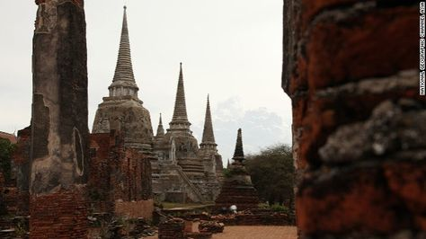 Phra Si Sanphet Temple - About 50 years ago, a group of robbers stole gold from this ancient Thai temple, and were subsequently cursed. Stories about the thieves' gruesome deaths remain part of local lore.